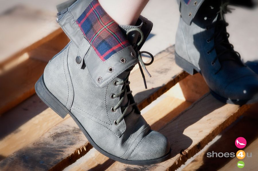 Bumper_Freda-03_Grey_Cuff_Lace_Up_Boot