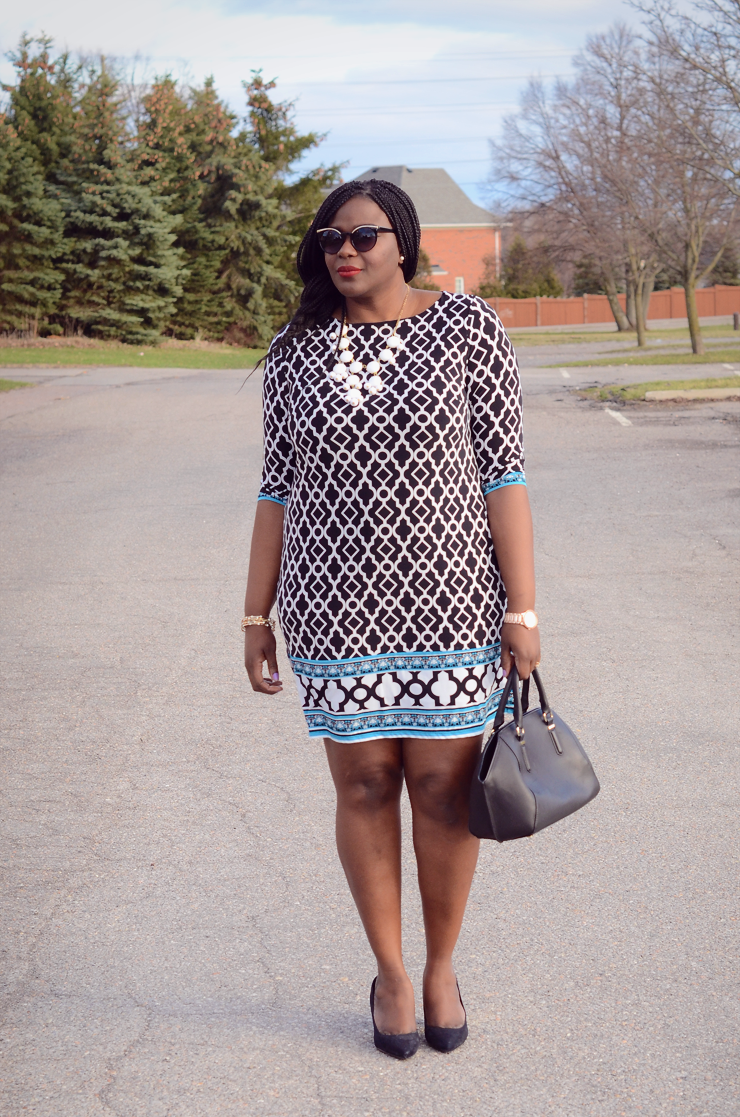 Plus Size Fashion for women. Printed mini shift dress