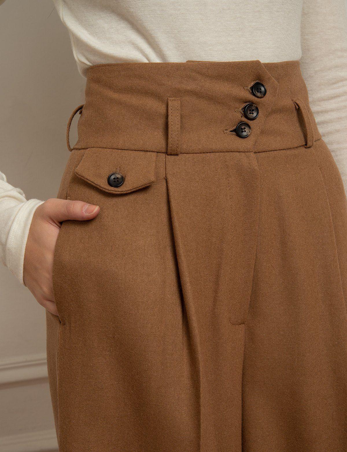 Photo of Gonna / pantaloni marrone chiaro