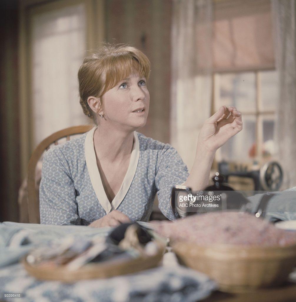 Stranger Everywhere' 12/9/68 Julie Harris