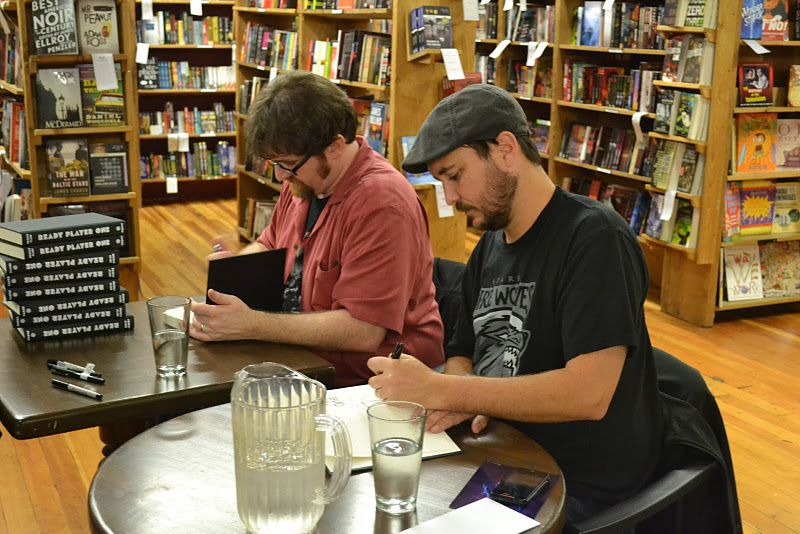Wil And Ernie Signing Books Ready Player One Oasis Ready Player One Ernest Cline Books