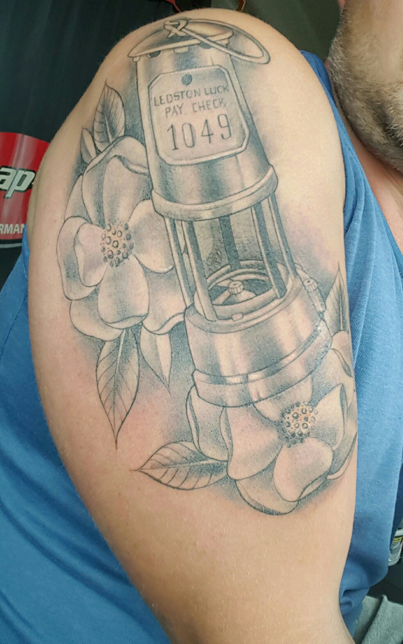Miners Lamp With Yorkshire Roses Lamp Tattoo Tattoos Memorial Tattoos