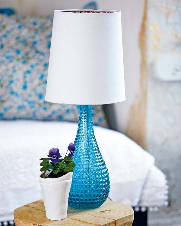 Lamp The Texture Of The Vase Part Reminds Me Of Milk Glass Love