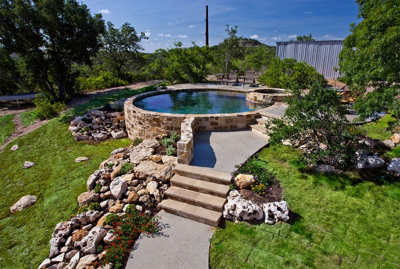 20 landscaping ideas for above ground swimming pool for Swimming pool landscaping ideas