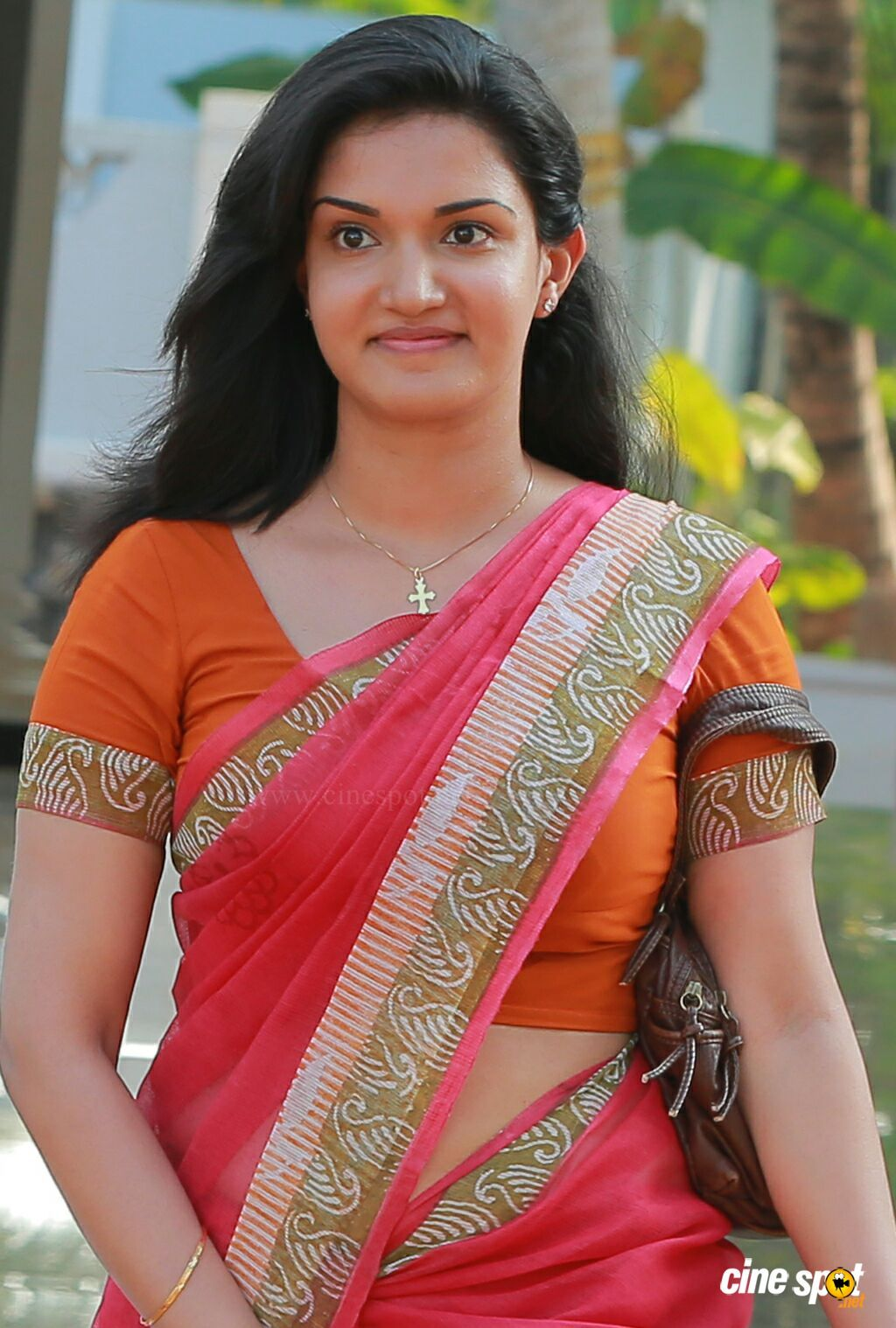 honey rose dubai