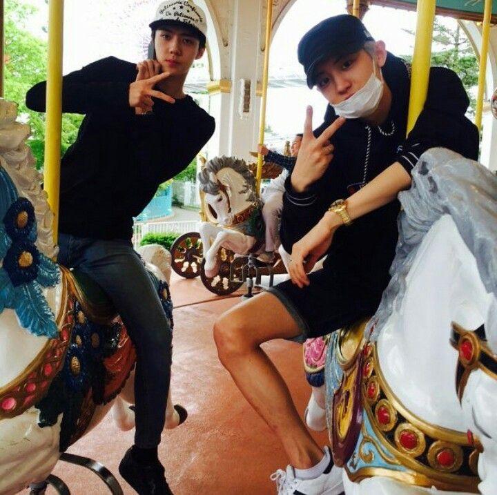 Exo  Chanyeol  and  Sehun