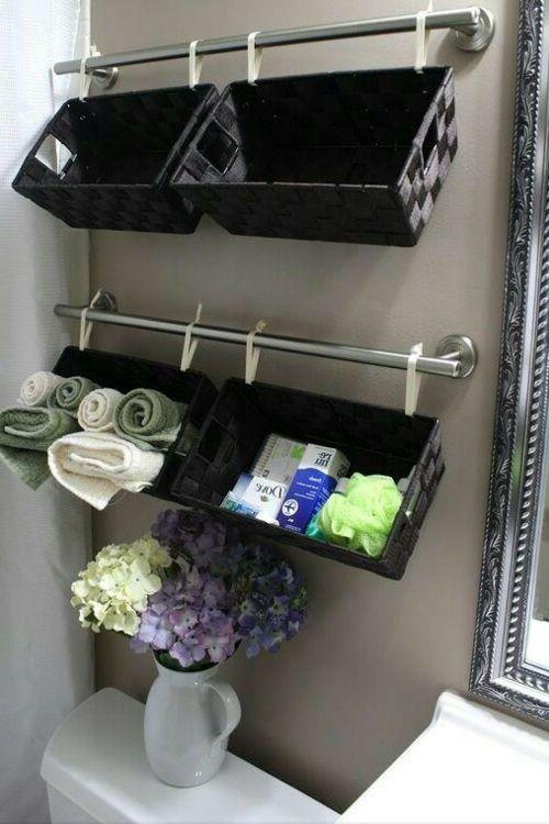 Einrichtungsideen Fürs Kleine Badezimmer Tücher Eingerollt ... Einrichtung Badezimmer Klein