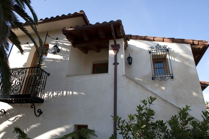 Front Exterior Spanish Architecture Spanish Colonial