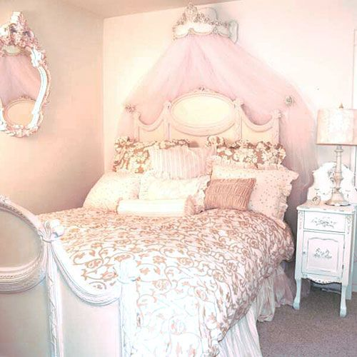 32 Dreamy Bedroom Designs For Your Little Princess: Pink Bedding Set, Kid Beds, Cute