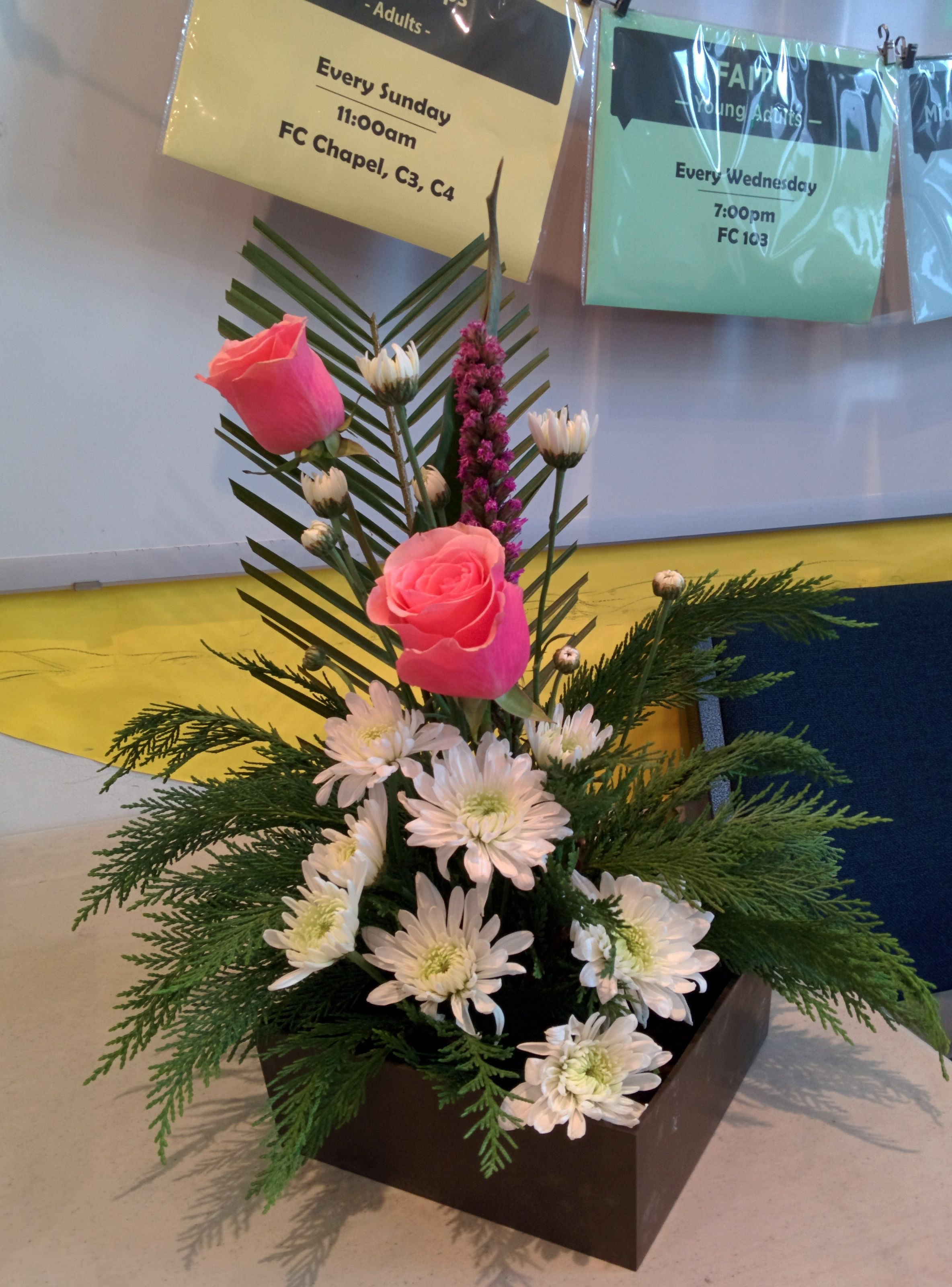 Pin By Jacqueline Tam On Cbmc 2016 Floral Arrangement By Jacqueline Tam Flower Arrangements Floral Arrangements Valentine Decorations