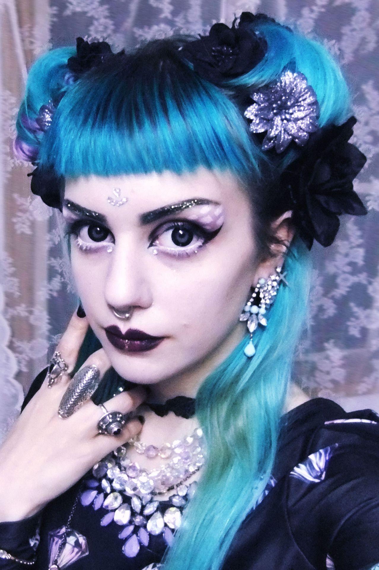 Gotische XLVI SCHONE GOTISCHE DAMEN Pinterest