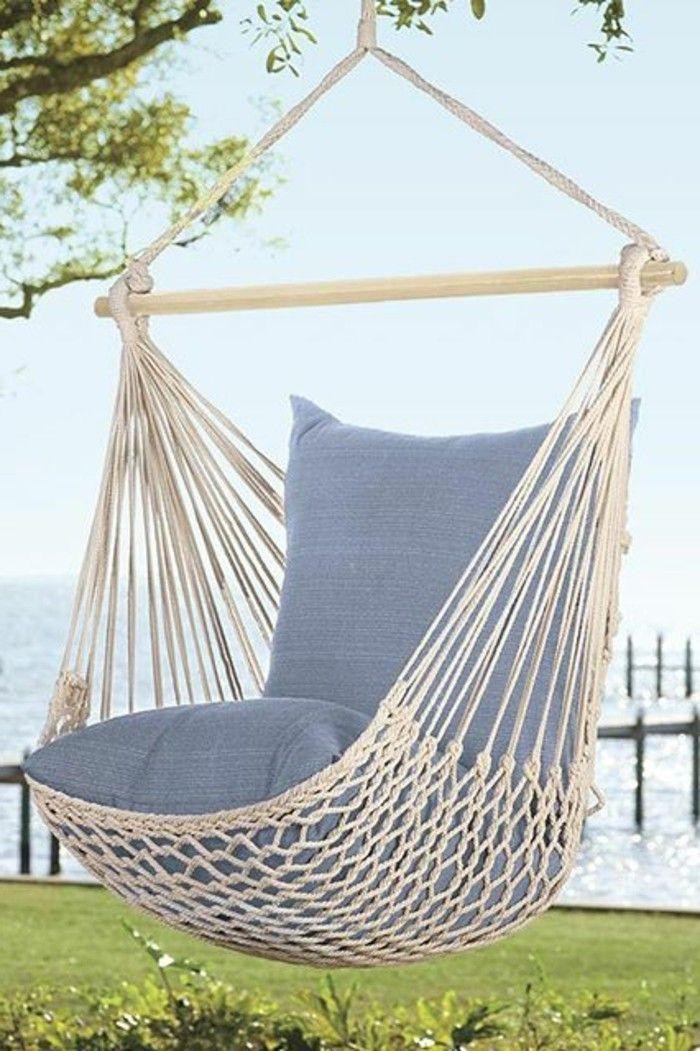 Hängematte Für Balkon Und Blaue Kissen