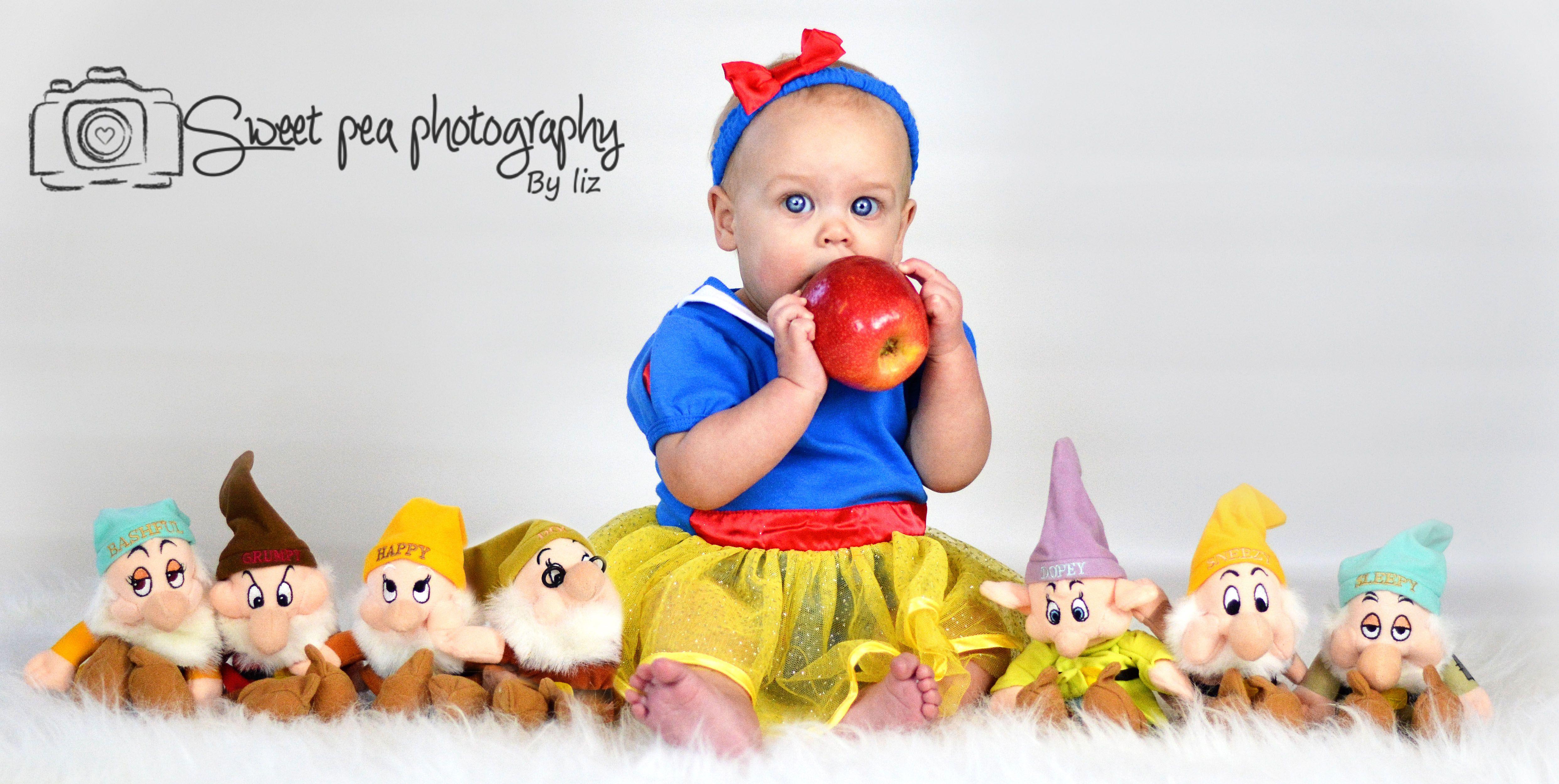 Blanche-Neige et les Sept Nains, 6 mois, fille Disney Baby