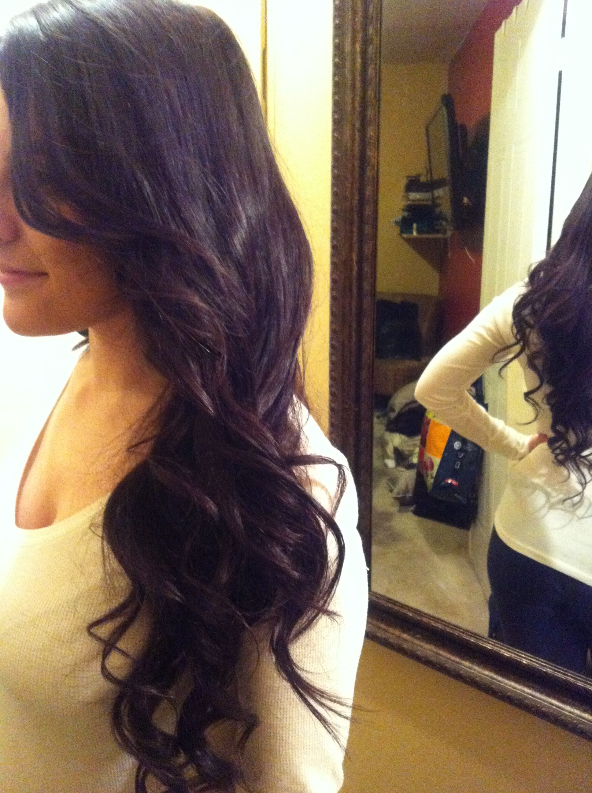 This girl helps you personally to pick the perfecthairmakeup for