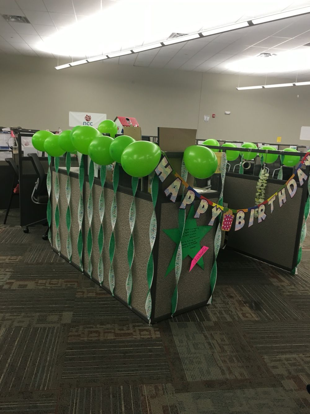 Cubicle Decorations For Birthday Picture Work Cubicle Decoractions Pinterest Birthdays