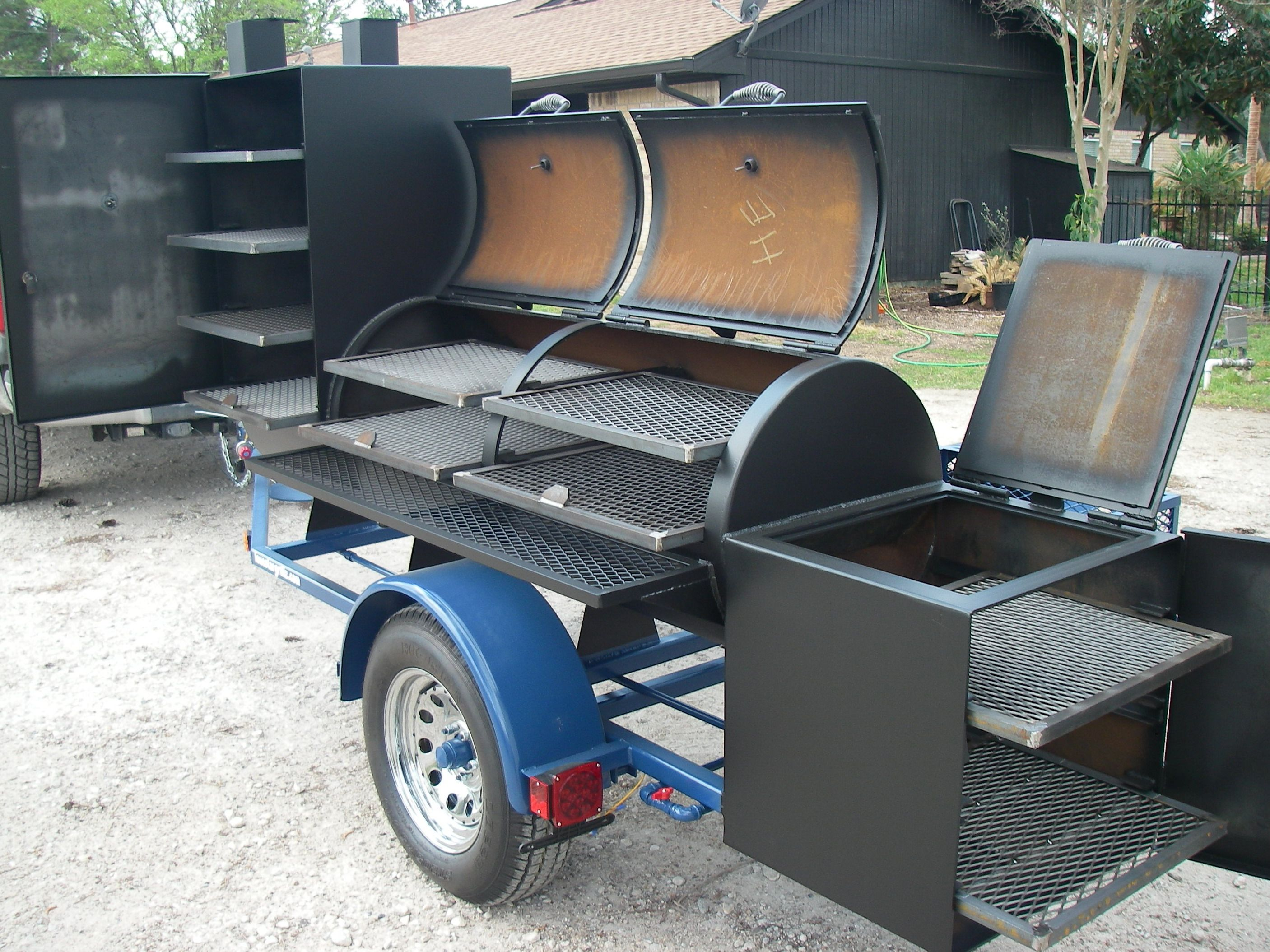Trailer pit like the grill above the fire box