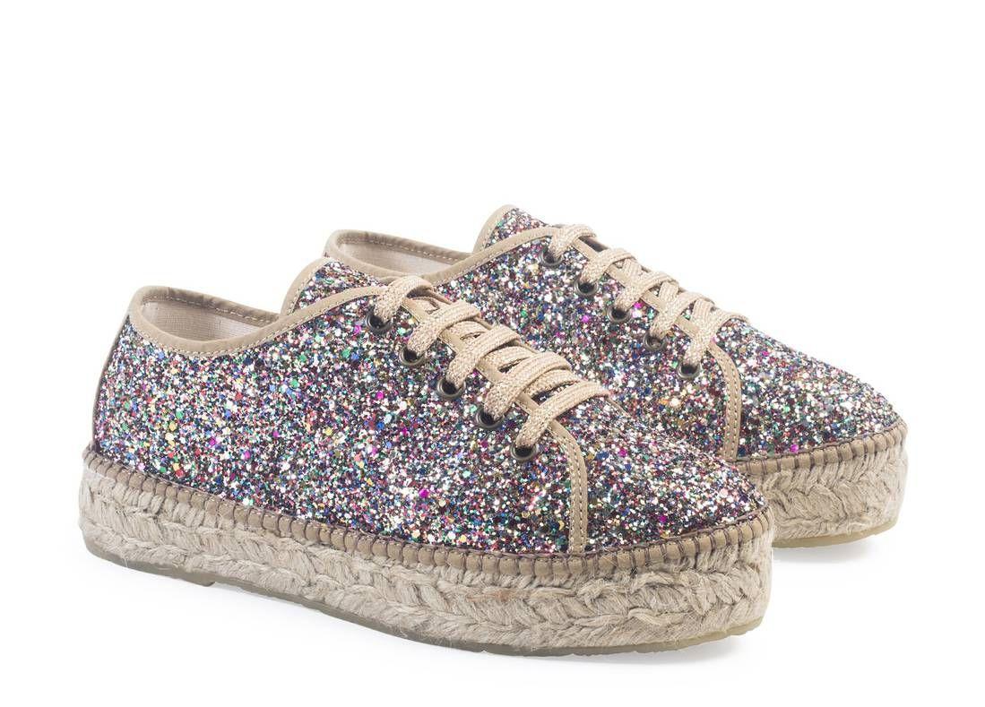 b06f8d29f2a45a Espadrille : une paire d'espadrilles pour l'été 2017 - Elle André Chaussures