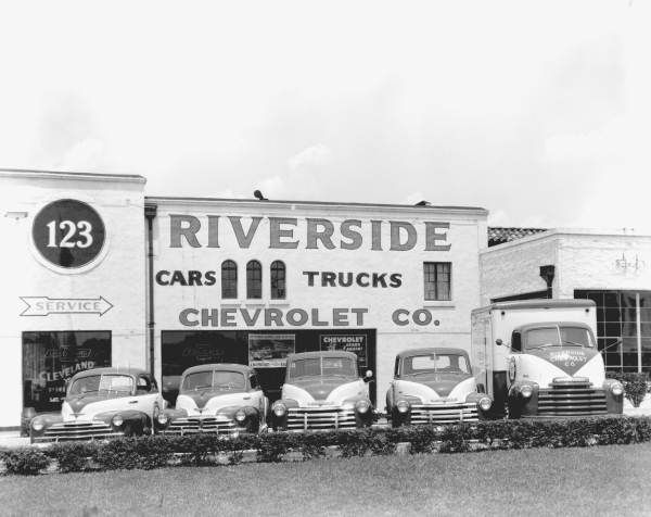 Vintage Shots From Days Gone By Chevy Dealerships Chevrolet