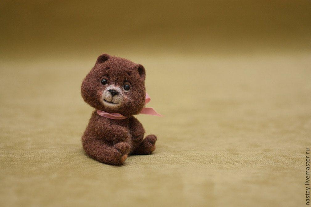 слева виднеется игрушки из шерсти валяние животные картинки медведь пельмени