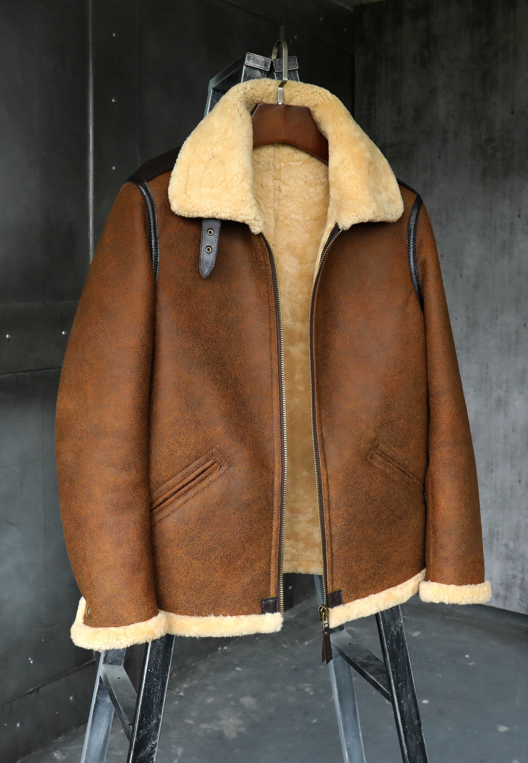 B3 Men's Shearling Jacket Flight Jacket Short Fur Leather