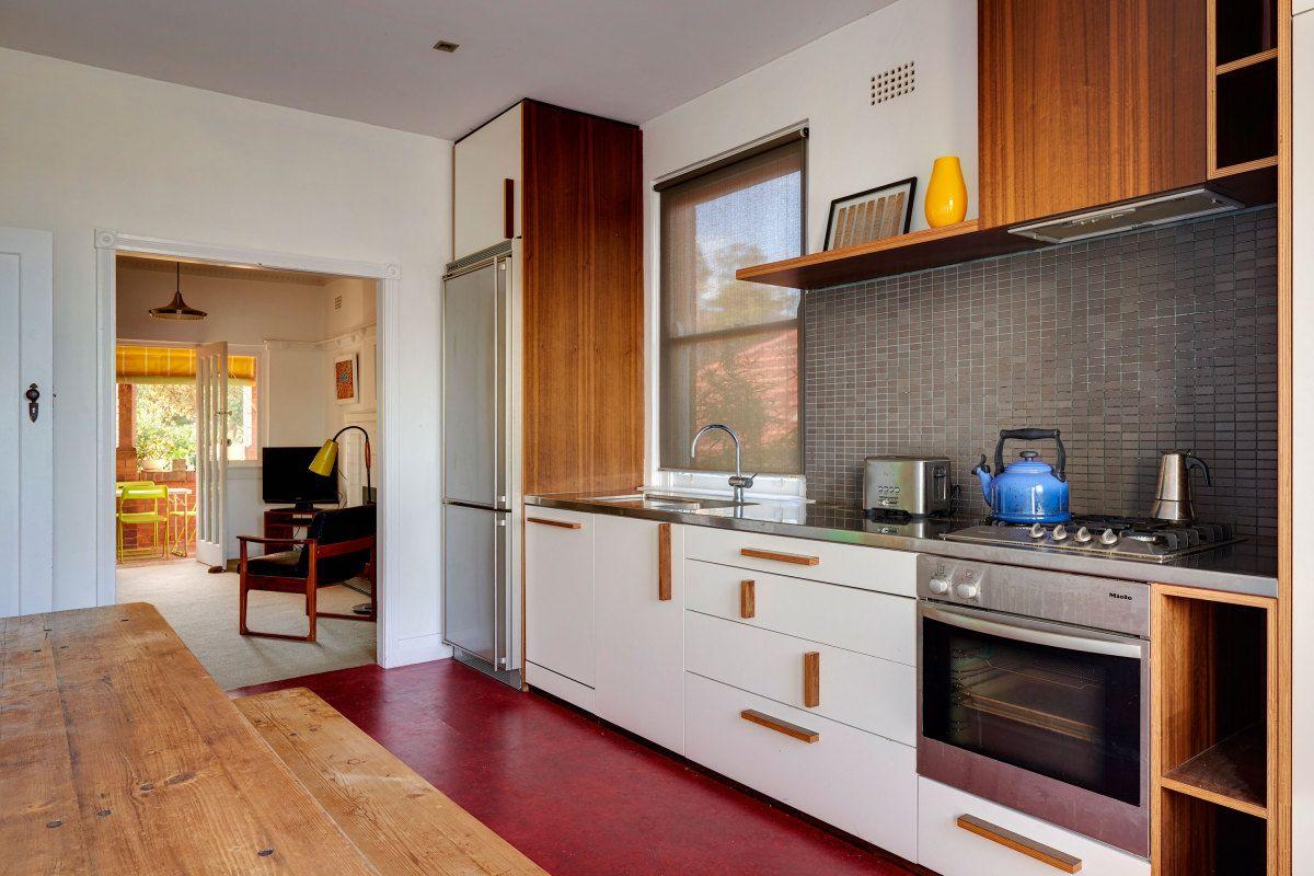 Modern House Kerridge House Apartment by Virginia Kerridge