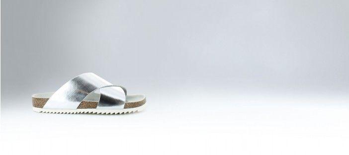 Sandales plates à semelle crantée en polido argent