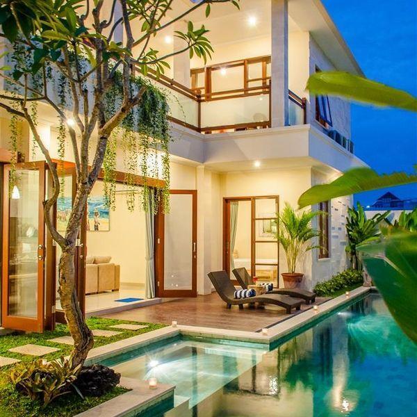 Vacation Villa In Dewi Sri