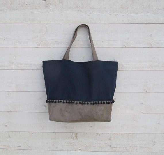 Sac cabas deux anses toile bleu marine et suédine beige   sacs ... 23622f27f6ef