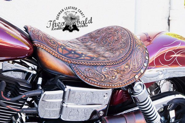 Motorrad Sitze - Theobald Leatherworks Motorrad Sitzbänke und Leder ...