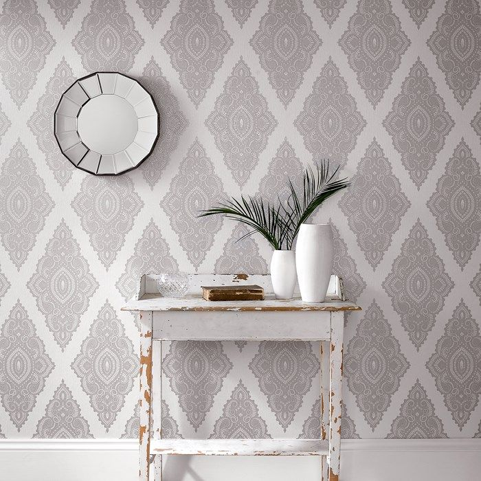 Jewel Graham And Brown White And Silver Wallpaper Wallpaper Design For Bedroom Silver Wallpaper