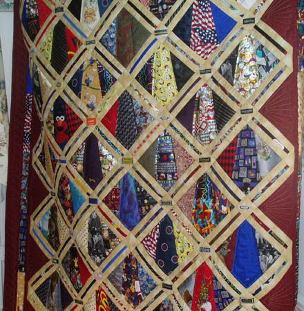 Mary kates machine quilting quiltscktie pinterest a pretty neck tie quilt ccuart Image collections