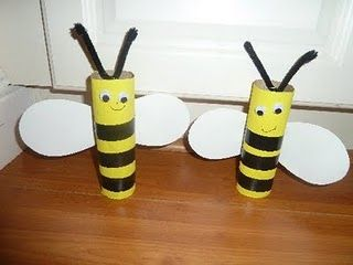 Toilet paper roll bumblebees