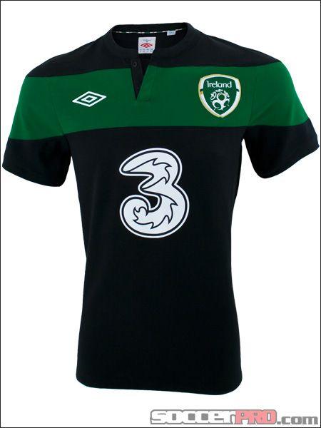 75f0f3b7e34 Umbro Ireland Away Jersey 2010-2012... 71.99