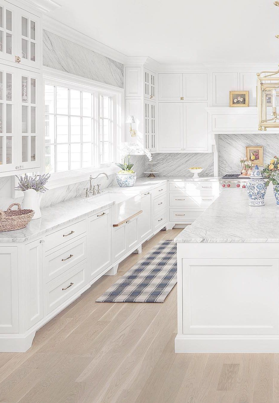 White Kitchen Ideas White Never Ever Falls Short To Provide A Kitchen Design A Classic Look White Kitchen Design Kitchen Design Trends Latest Kitchen Designs
