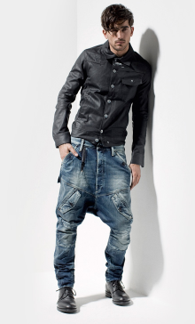 13c52794f65 G Star Raw | Men dressed to impress! | Denim jeans men, Denim ...