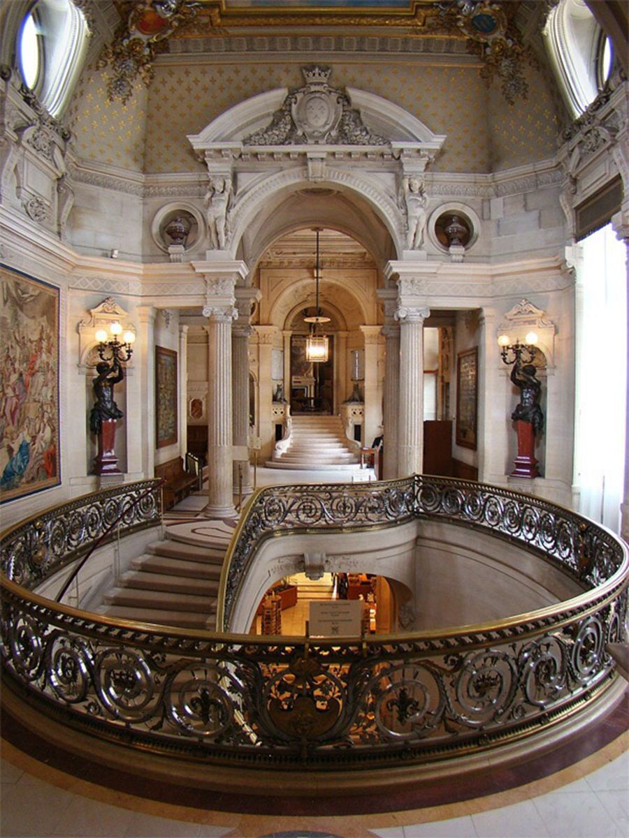 Discover 28 Beautiful Castles in France | Grand staircase ...