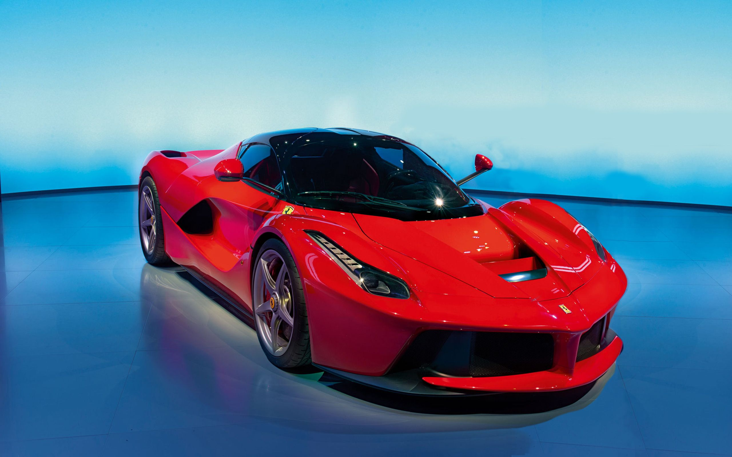Superbe F1 Ferrari Crystal City Car 2014 Red Neon. Exceptionnel Ferrari  LaFerrari Http://supercarlegend.com/ | Ferrari | Pinterest |