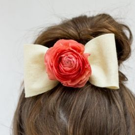 Add fresh flowers to hair accessories for summer garden parties!