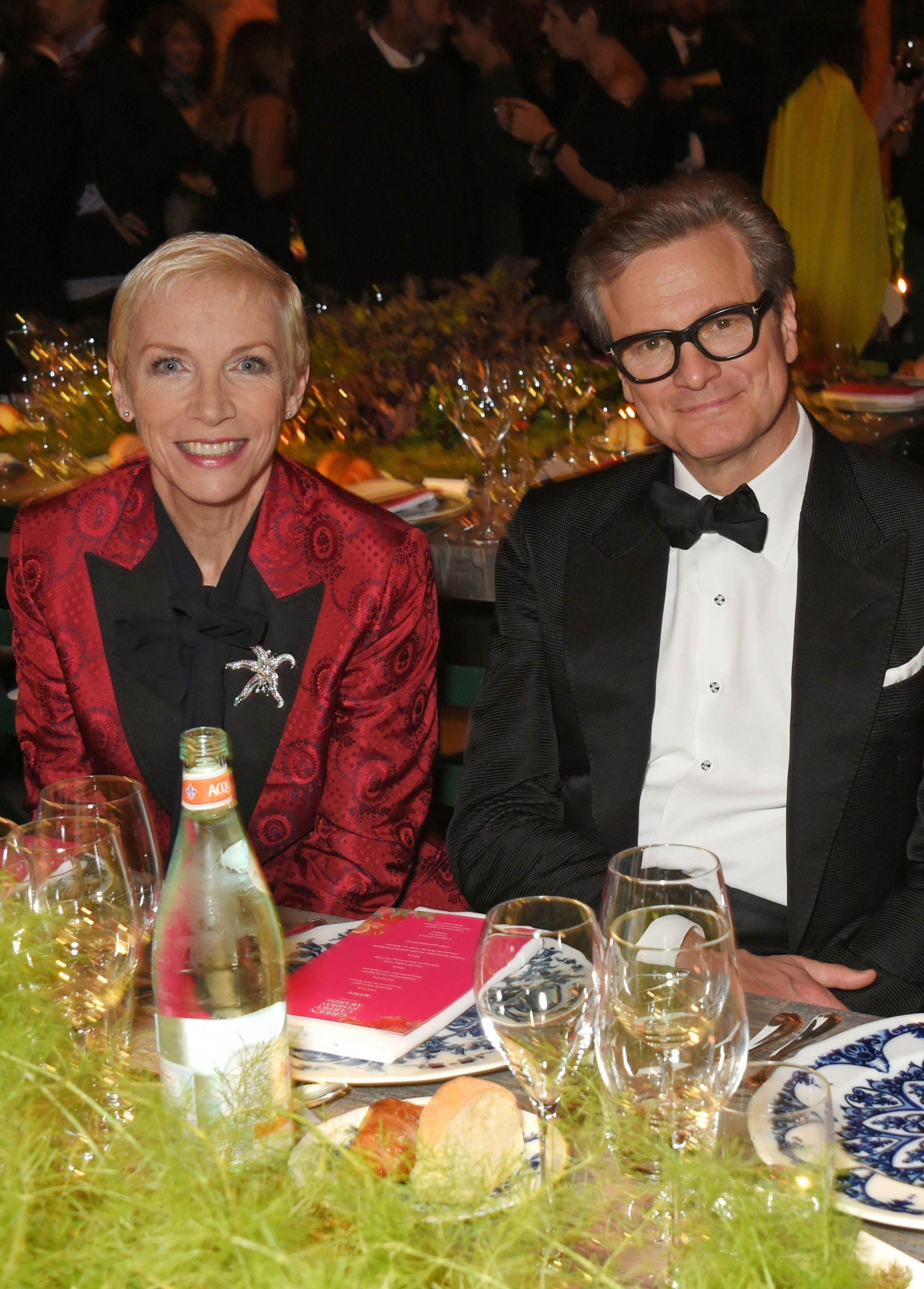 Annie Lennox And Colin Firth In Tom Ford Singingstyles Annie Lennox Colin Firth Firth