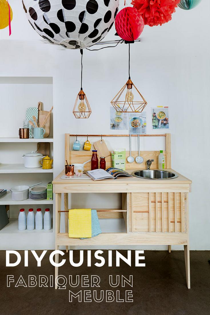 id e d co un mini meuble de cuisine tout en un d co for the home pinterest diy toys. Black Bedroom Furniture Sets. Home Design Ideas