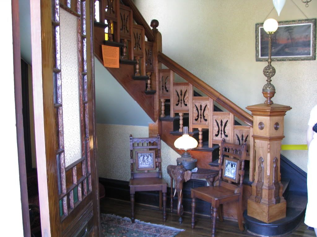 Charmed bannister too photo for Charmed house blueprints