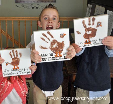 Kids Craft - Turkey Handprint