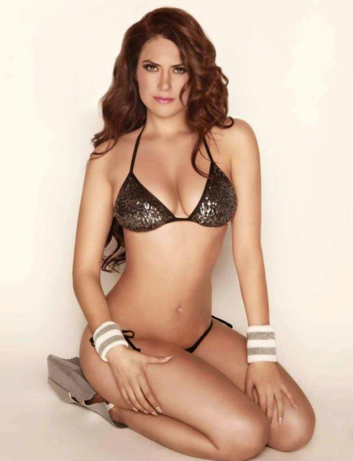 Carolina De La Torre Nude Photos