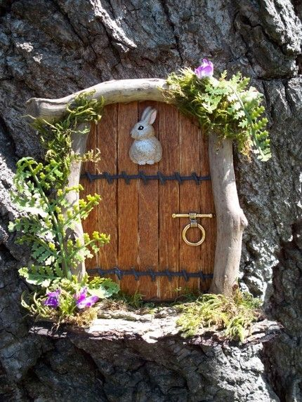 Diy mini gardens gardens door handles and i am for Fairy house doors