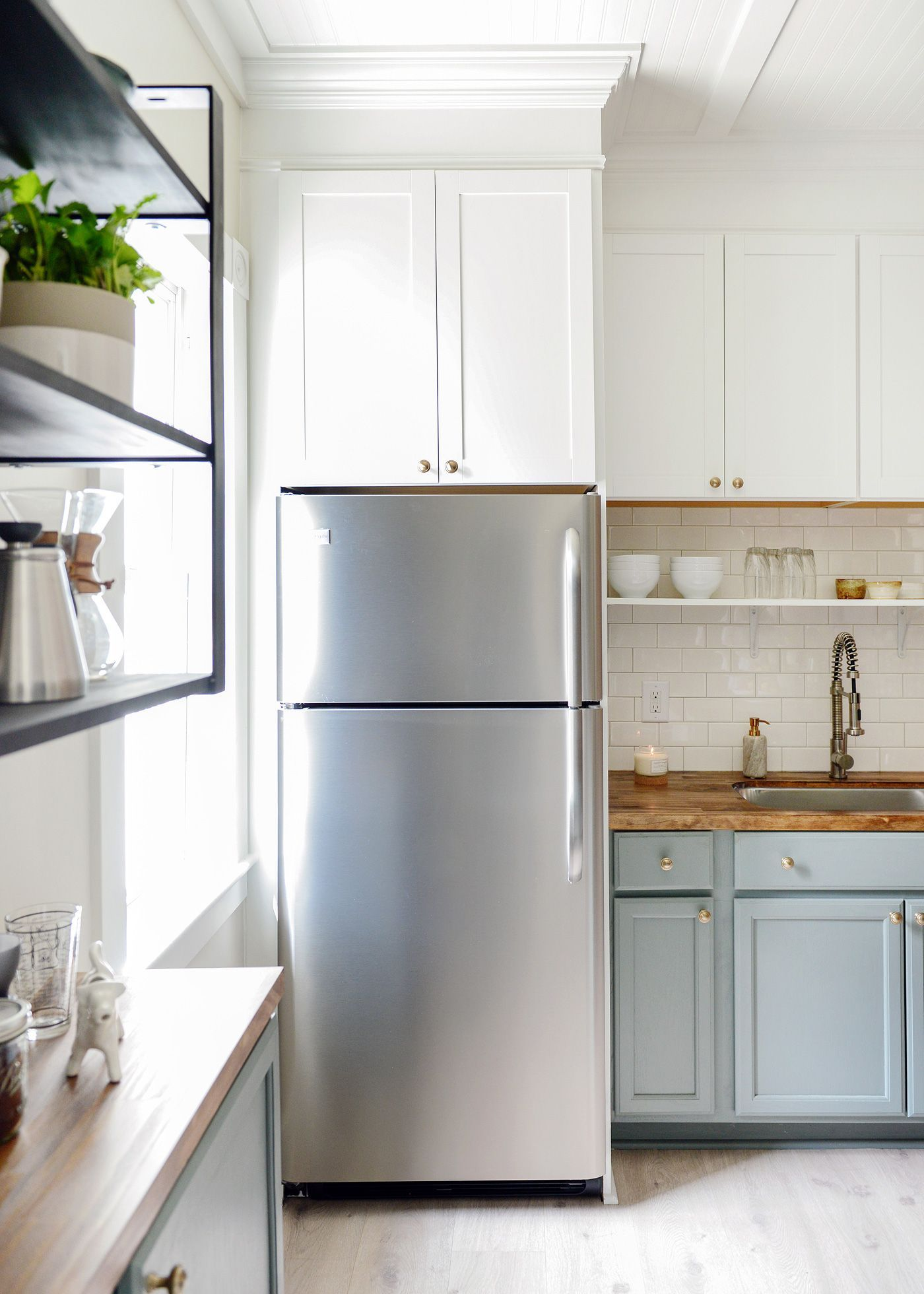 Best Lowe's Has In Stock Cabinets In A Variety Of Sizes Depths 400 x 300