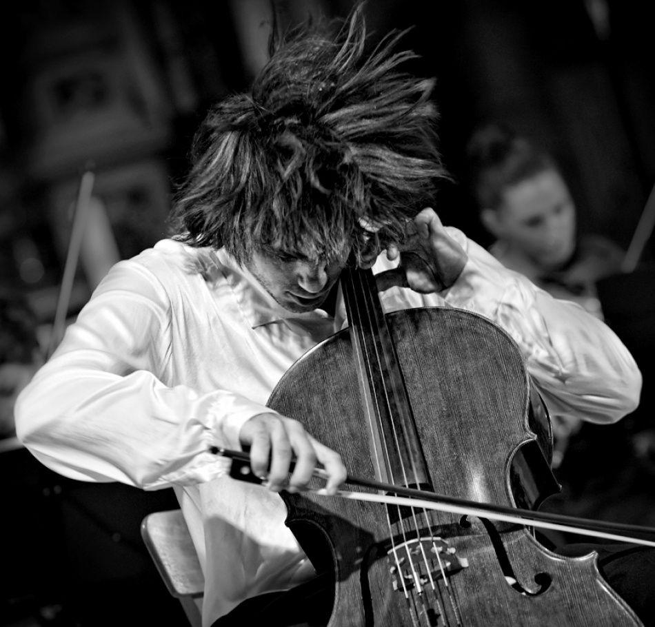 Stjepan Hauser By Dalibor Talajic Cello Performance Art Cool Photos