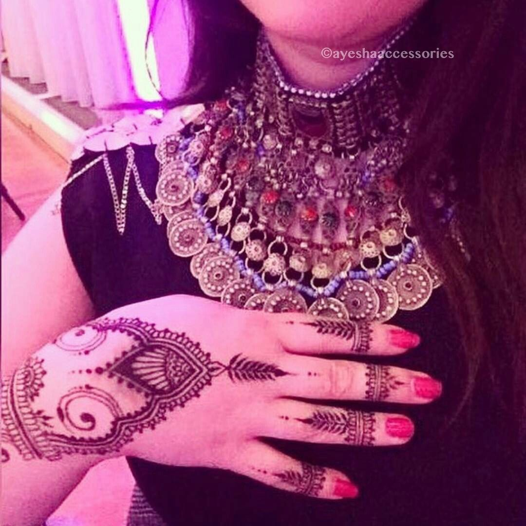 Pin mehndi and bangles display pics awesome dp wallpaper on pinterest - Explore These Ideas And More
