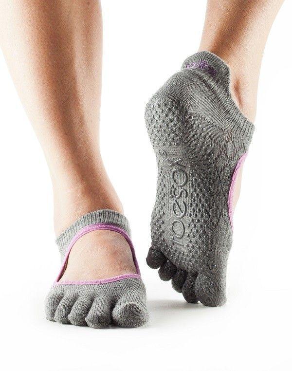 Toesox Womens Bellarina Full Toe Grip Non-Slip for Ballet Pilates Barre Toe Socks Yoga