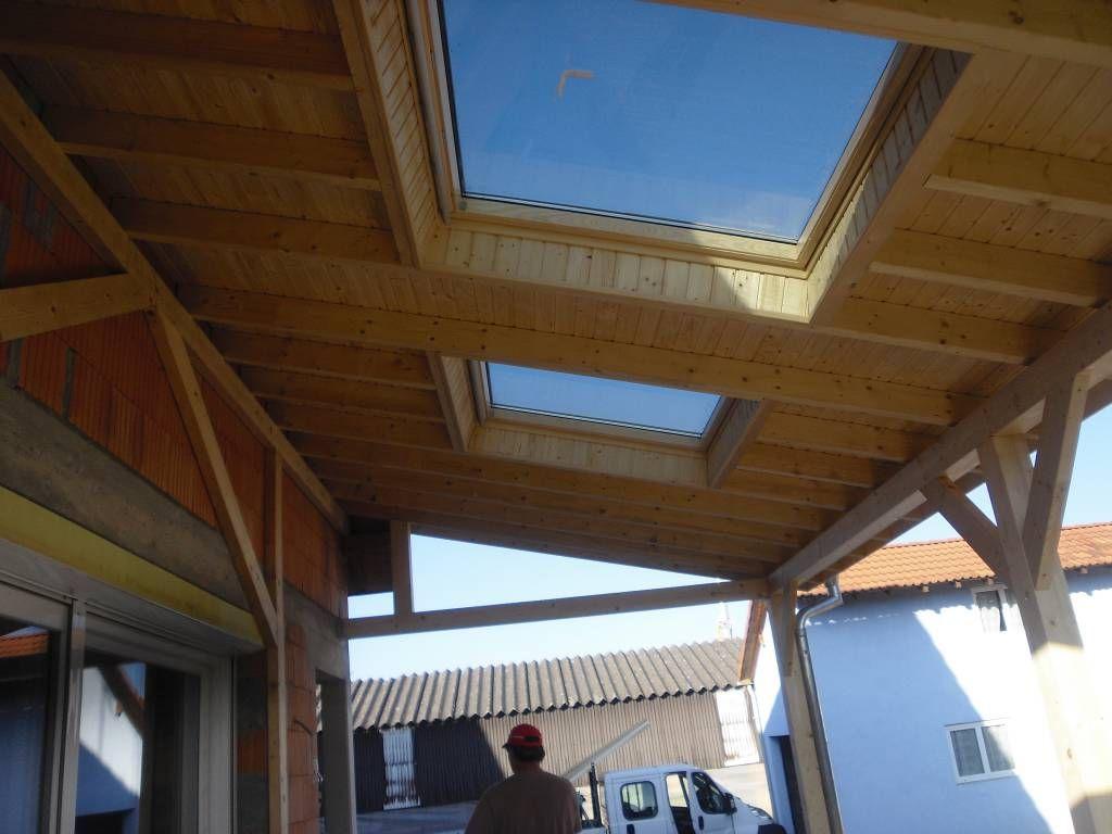 Toiture Sendner Realise Dans Cet Exemple Un Auvent Sur Une Terrasse Nous Y Integrons Des Velux Pour Plus De Luminosite Et De C Auvent Terrasse Auvent Terrasse