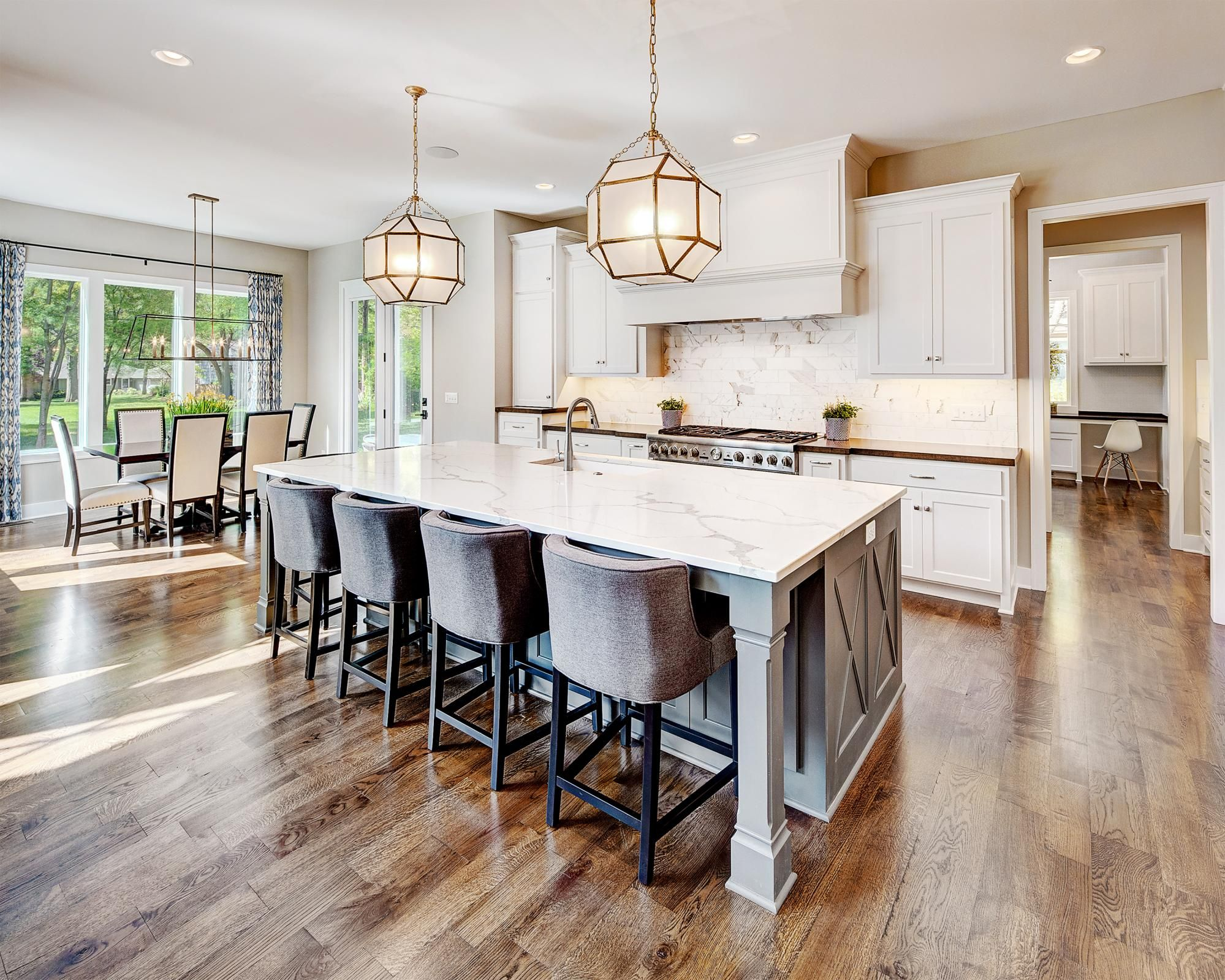 Kitchen Dining Photo Gallery Custom Homes In Kansas City Ks Starr Homes Home Home Bar Areas Beautiful Kitchens